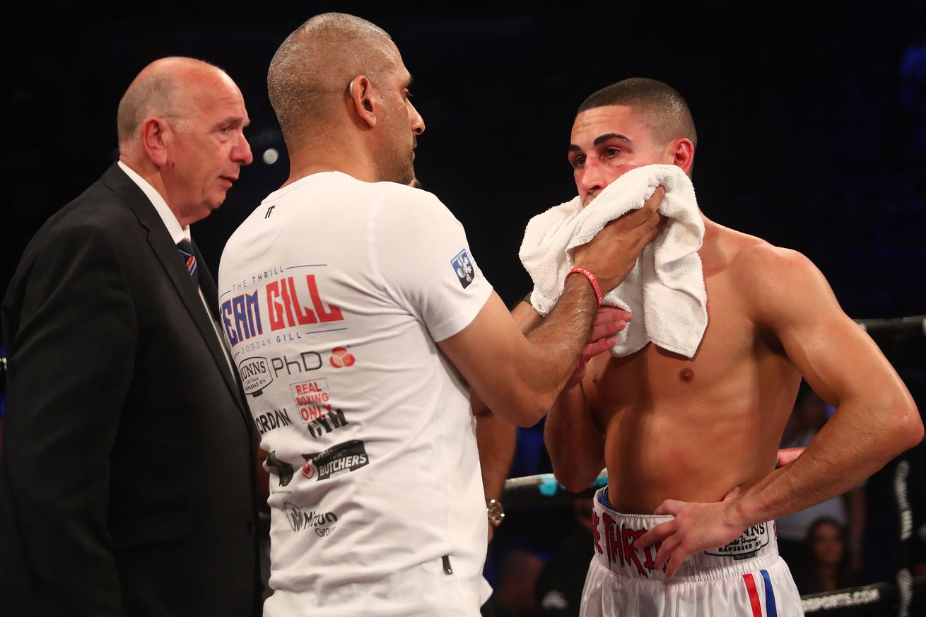 """1148284080.jpg.0 - Gill reveals broken hand, will """"beg"""" for rematch with Tinoco"""