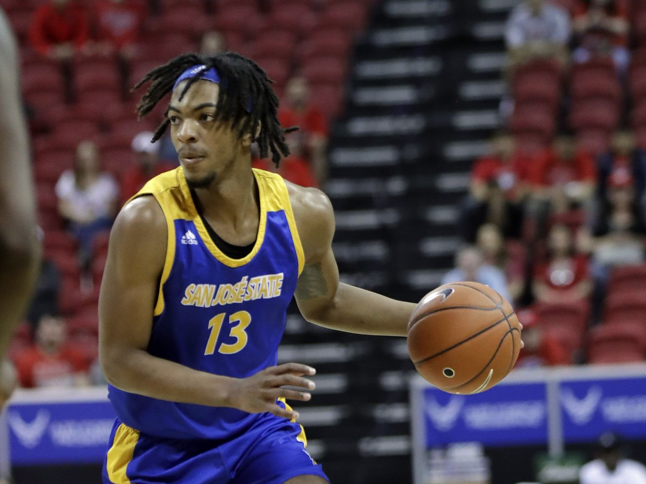Seneca Knight plays against New Mexico. Knight is transferring to BYU.