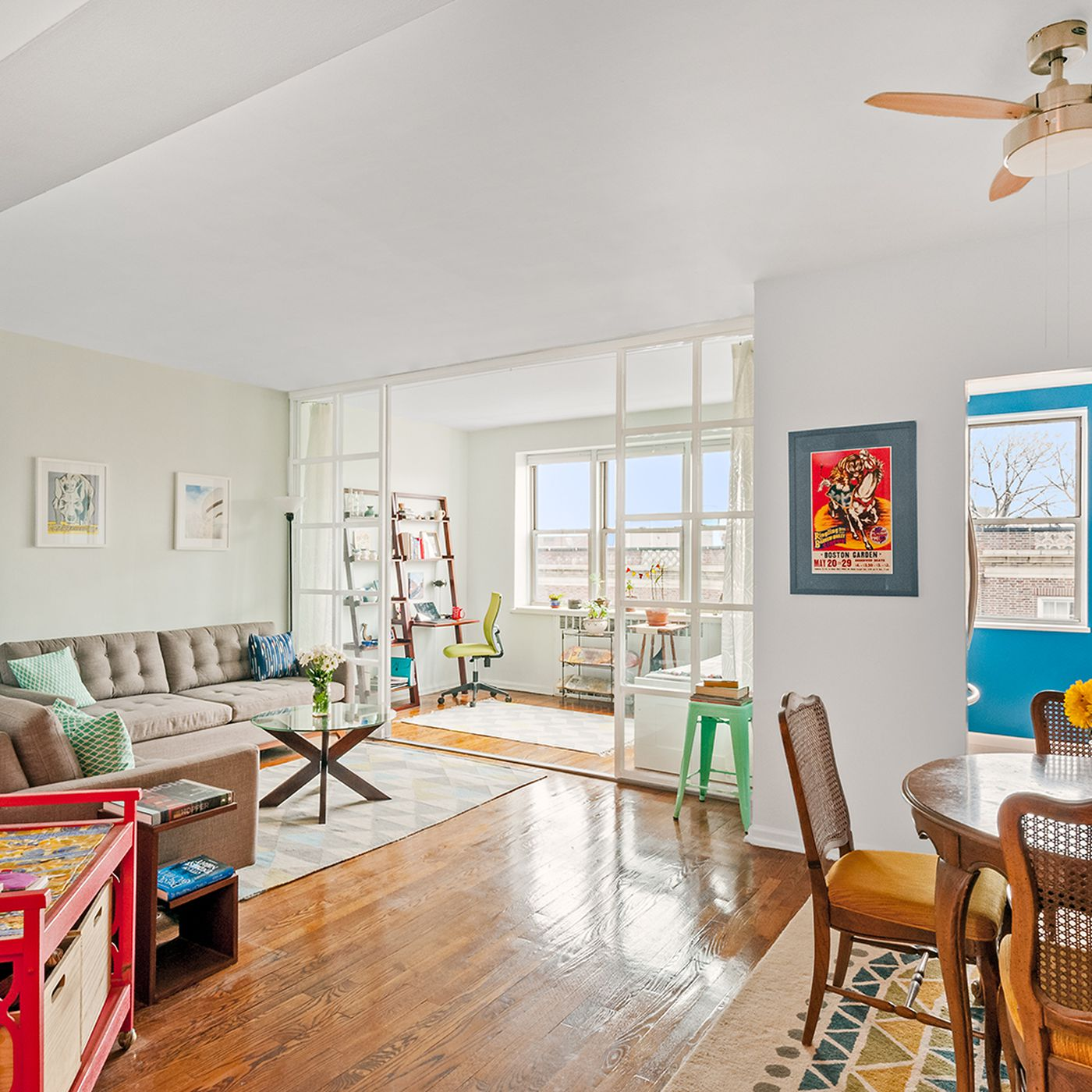 For Under 450k An Airy Jackson Heights Co Op With A Mod