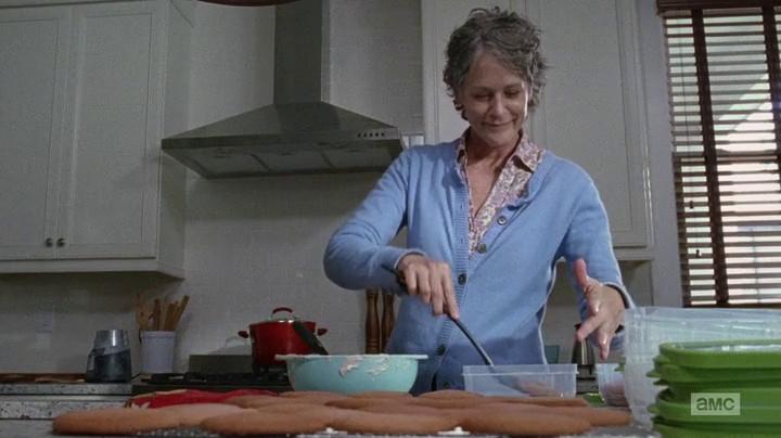 Carol makes beet cookies.