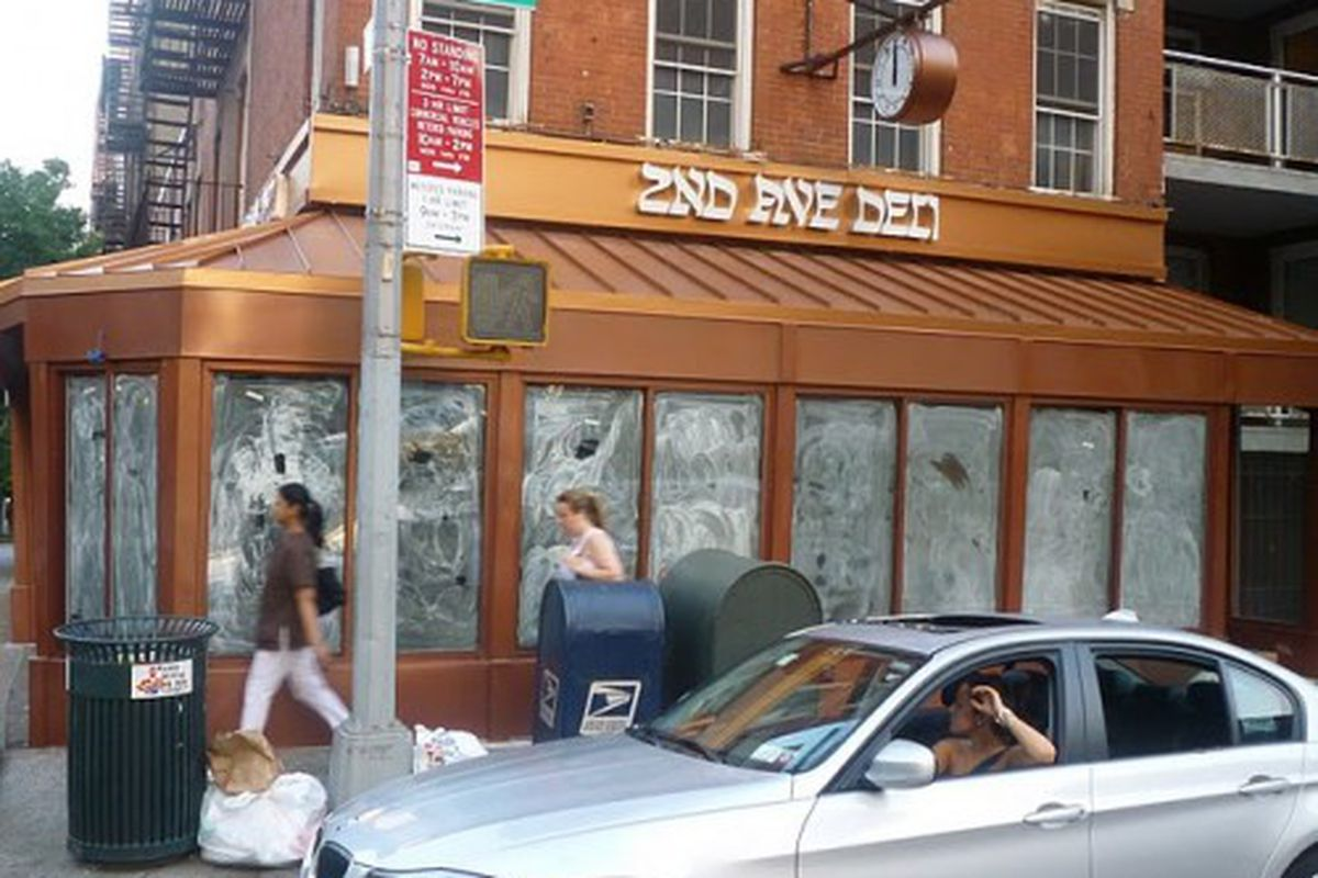 """New 2nd Ave. Deli on the UES via <a href=""""http://lostnewyorkcity.blogspot.com/2011/06/second-avenue-deli-knows-what-time-it.html"""" rel=""""nofollow"""">LC</a>"""