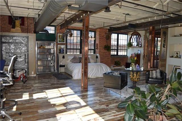 For 1 4m A Massive East Riverfront Warehouse Loft