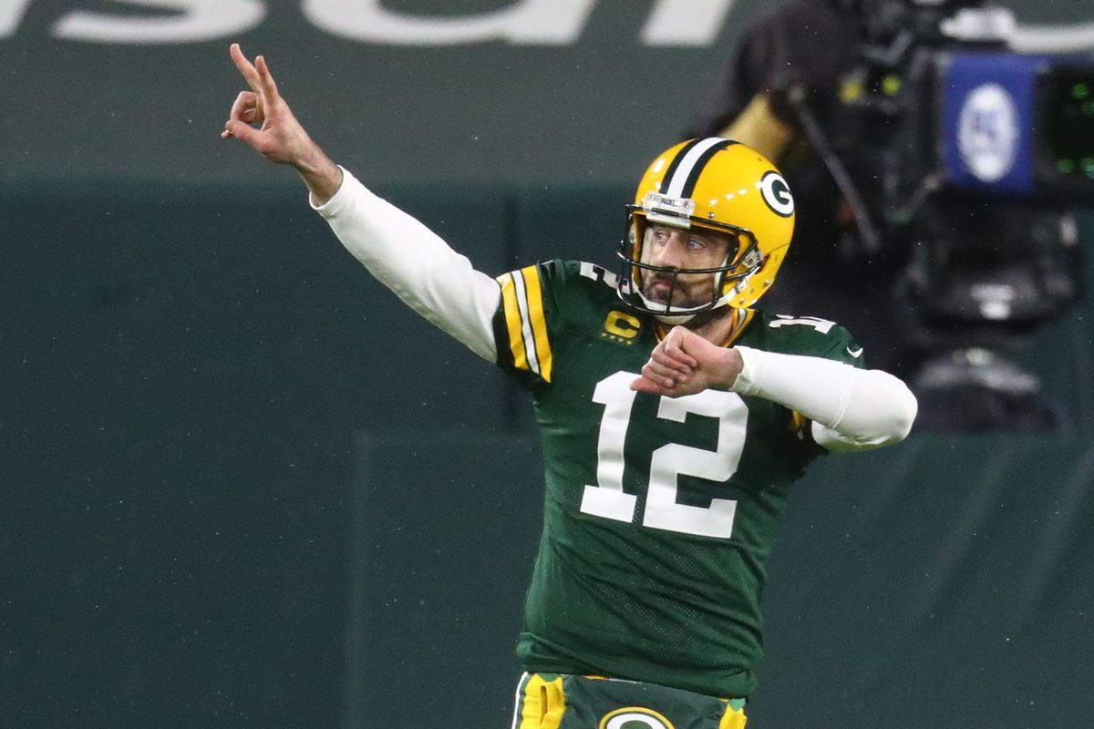 Aaron Rodgers is unstoppable and having fun doing it - SBNation.com