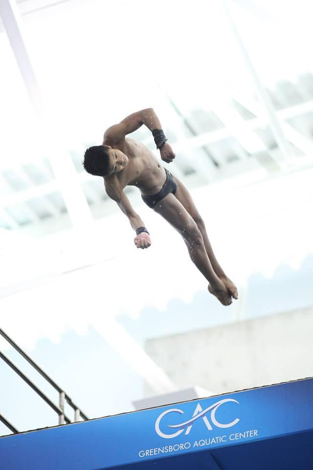 Jordan Windle diving