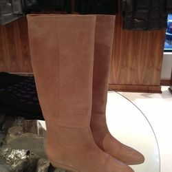 Loffler Randall in a nude/tan color called 'tortora' have been reduced to $299 (orig. $695)