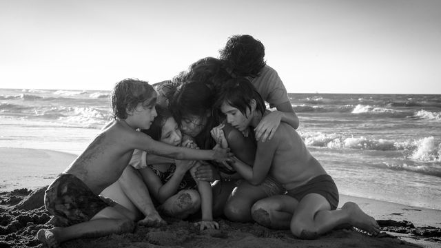 The cast of <em>Roma</em>, in a climactic scene.