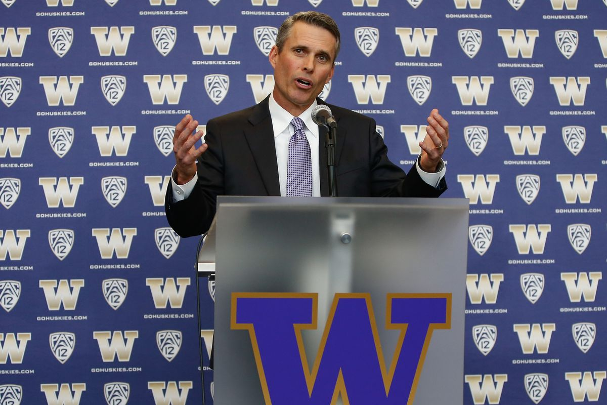 It's the first of three big recruiting weekends for new UW coach Chris Petersen