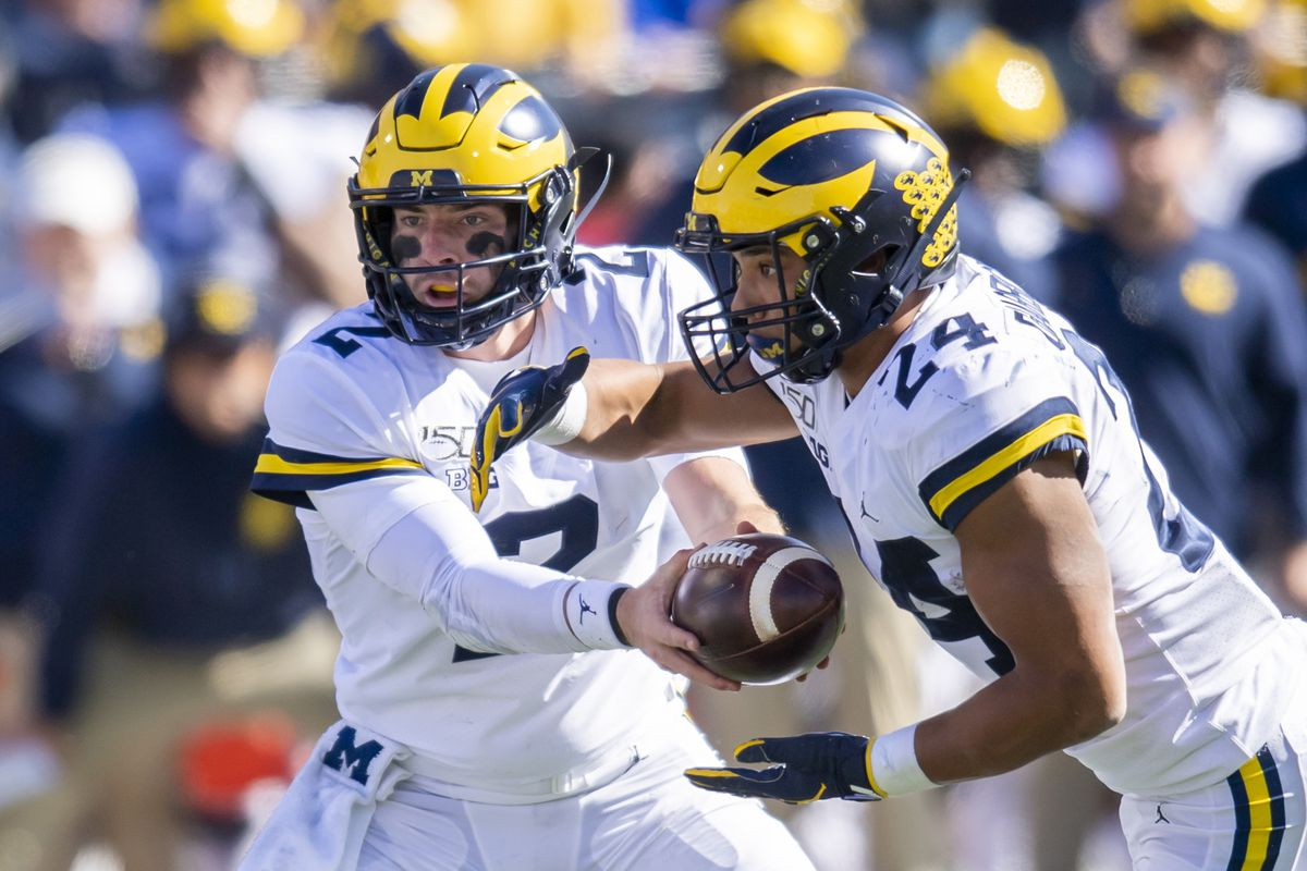 Michigan Football: Shea Patterson's crucial 4th down run vs. Illinois