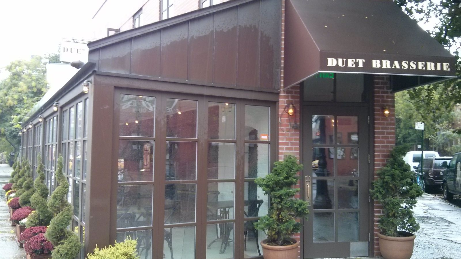 Brooklyn 39 s duet bakery spawns a brasserie in the old - Vinotecas madrid centro ...