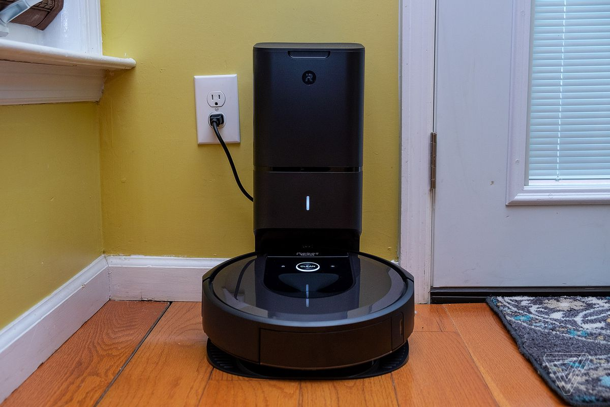 iRobot Roomba i7+ review: smarter than the average robot