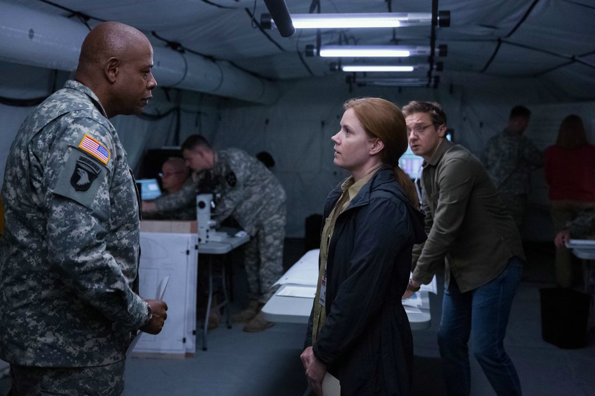 Arrival Is A Stunning Science Fiction Movie With Deep