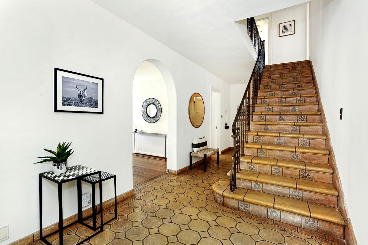 Spanish-style staircase