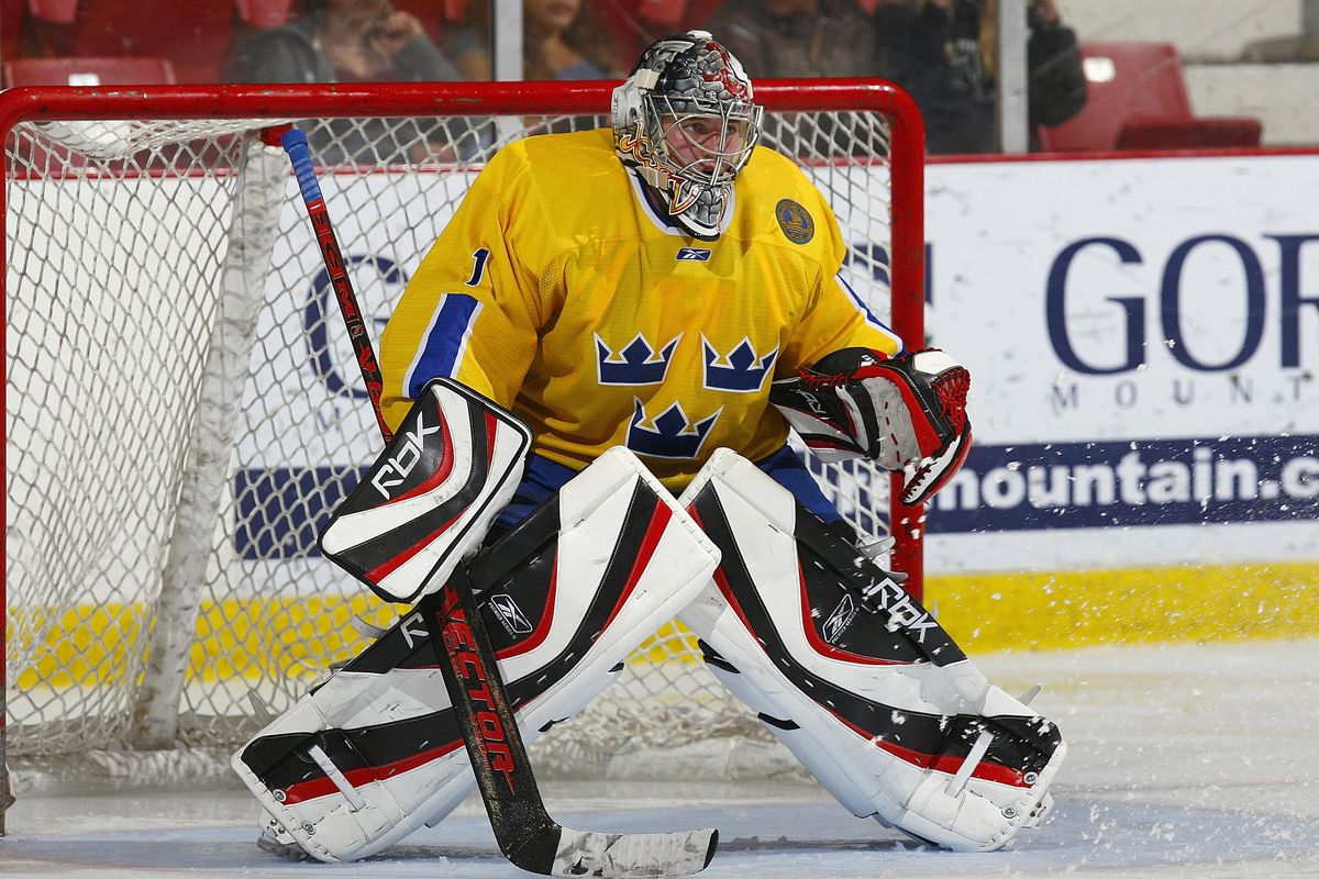 Enroth way back in the day in 2007 at a junior showcase tournament