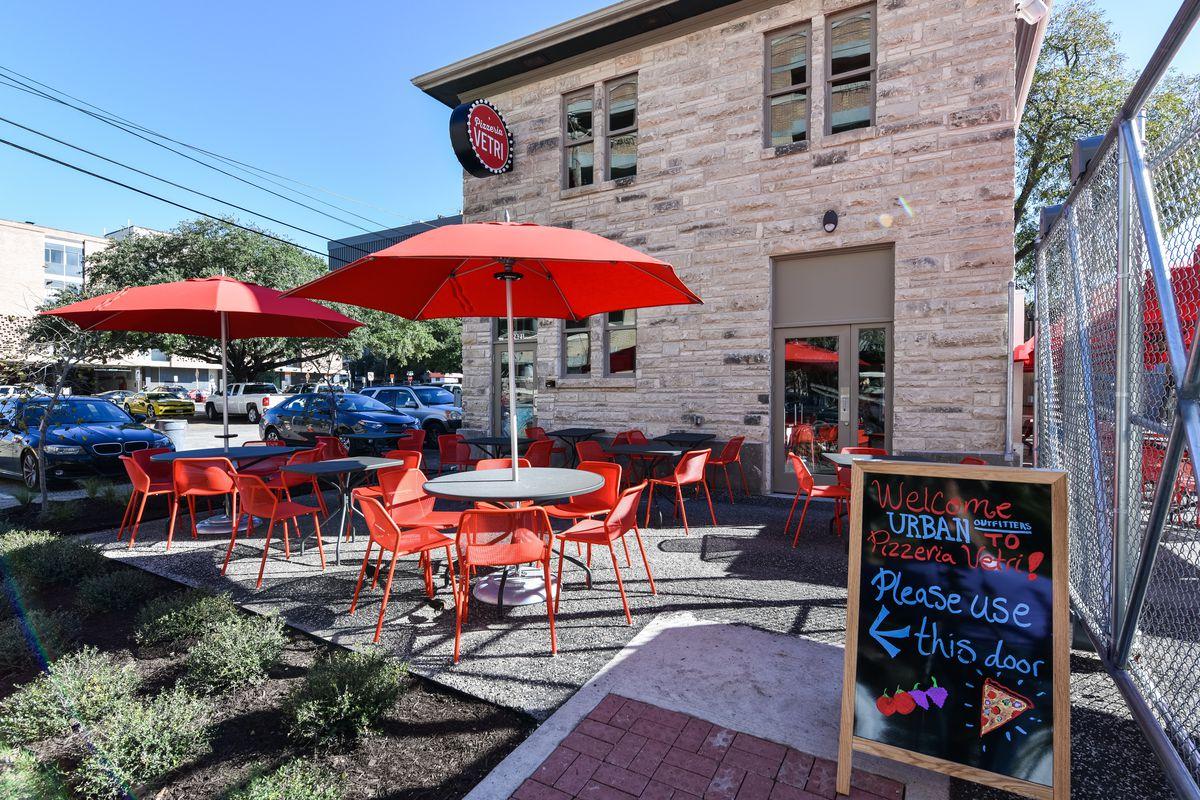 Pizzeria Vetri at Space 24 Twenty, Austin's Urban Outfitters complex