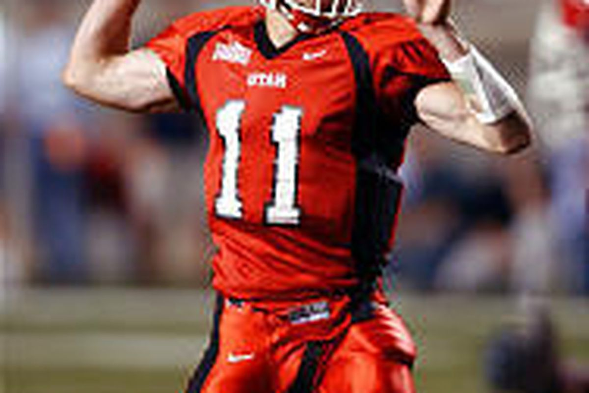 purchase cheap eb0a5 7b39f National accolades building for U. quarterback Alex Smith ...
