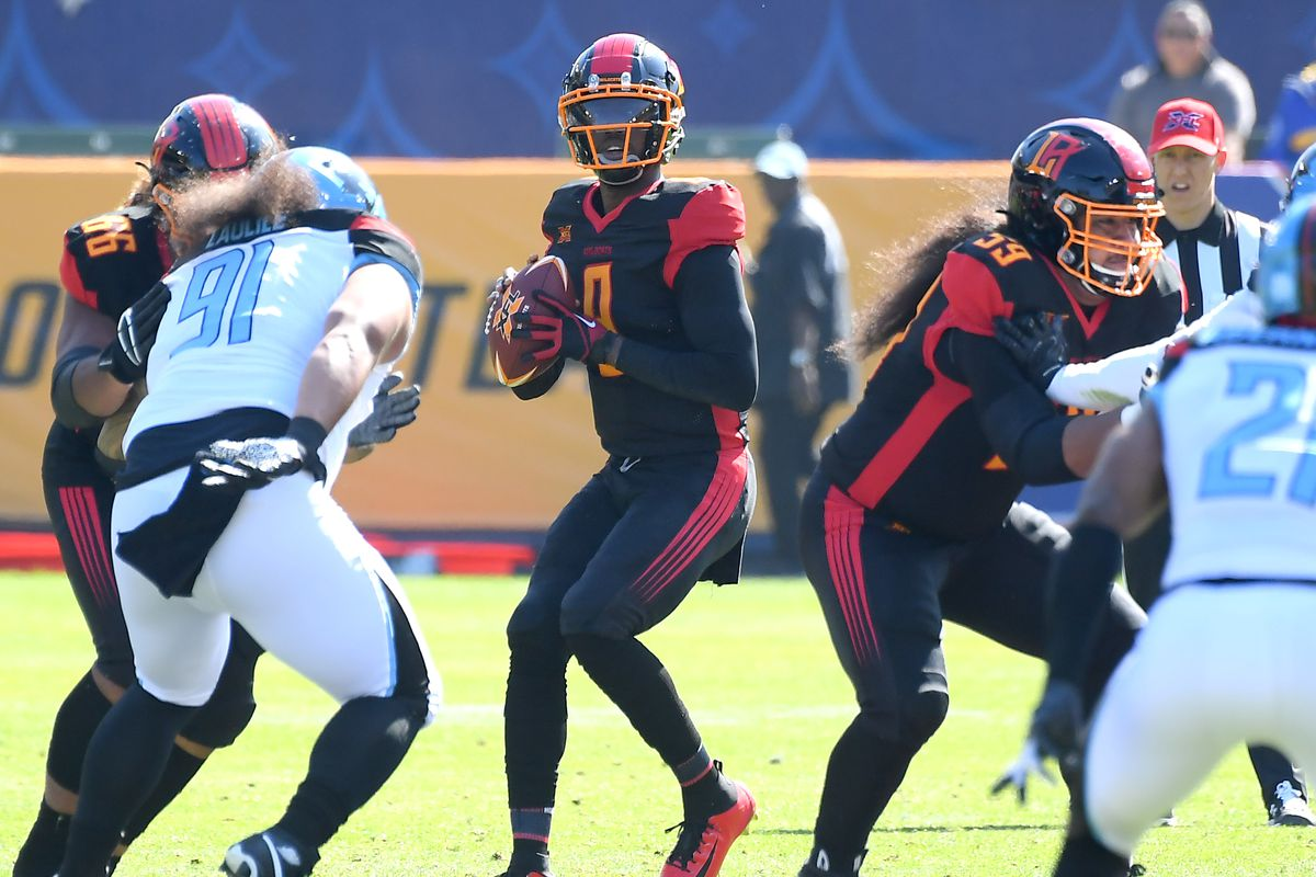 Quarterback Josh Johnson of the Los Angeles Wildcats sets to pass in the first half of the XFL game against the Dallas Renegades at Dignity Health Sports Park on February 16, 2020 in Carson, California.