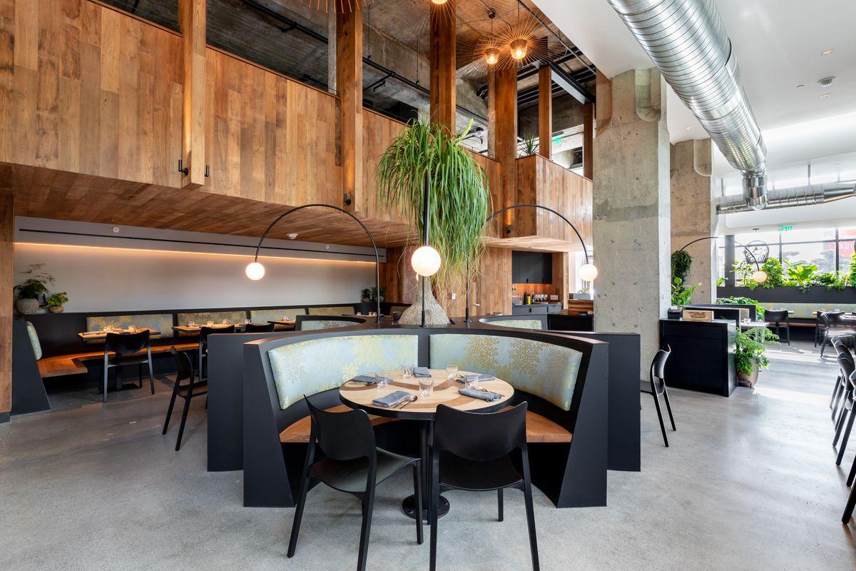 The dining room at Nari
