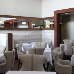 """<a href=""""http://eater.com/archives/2011/08/16/bon-appetit-names-the-best-new-restaurants-in-america-in-2011.php"""" rel=""""nofollow"""">Bon Appétit's Best New Restaurants in America in 2011</a><br />"""