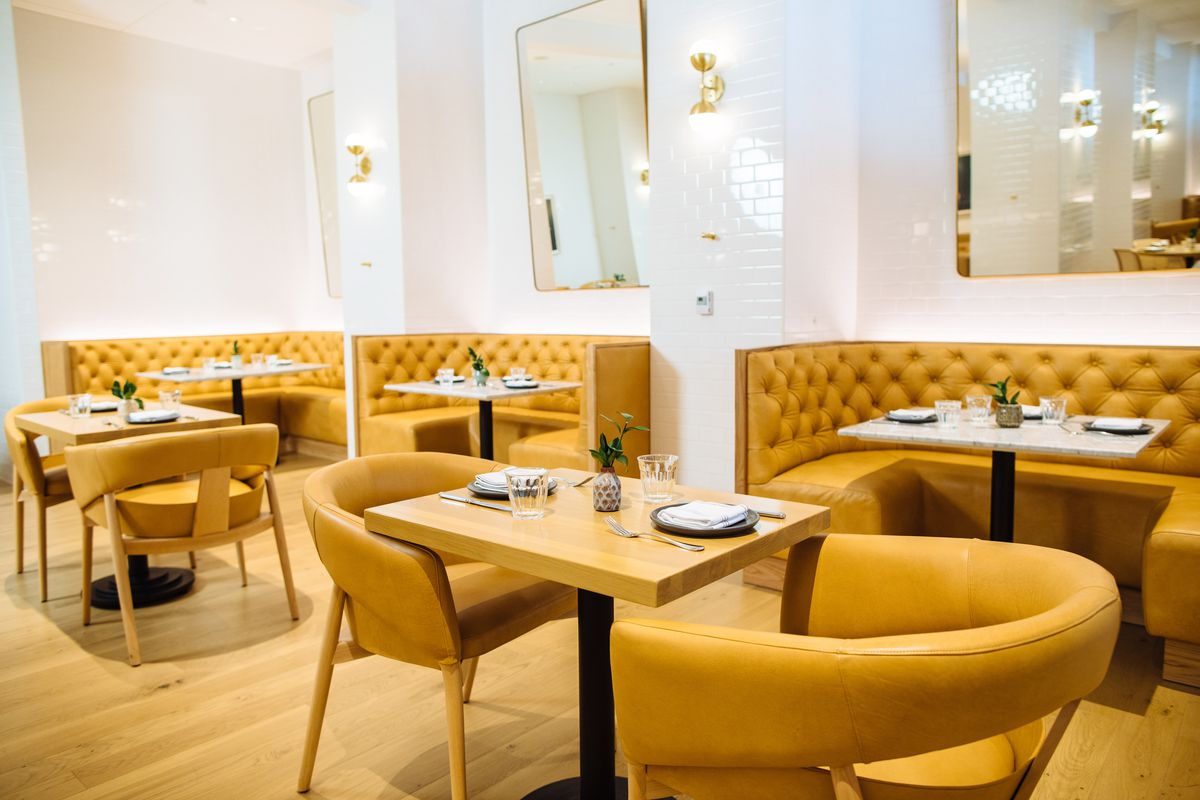 Image of: Step Inside City Hall Bistro The Adolphus Hotel S New Mid Century Modern Stunner Eater Dallas