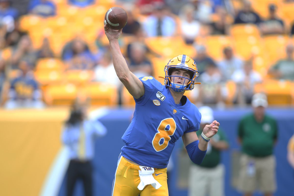 Kenny Pickett throws for career-high 321 yards in win over