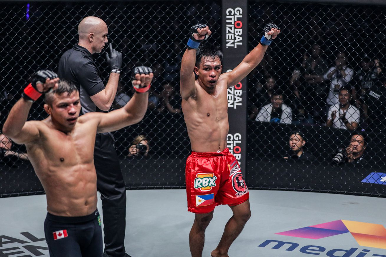 Bibiano Fernandes (left) suffered his first defeat in eight years at ONE Championship.