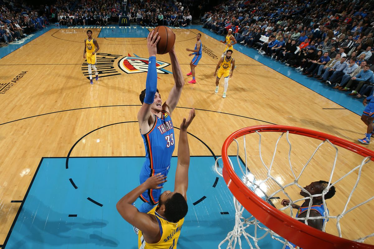 Warriors can't finish big comeback, lose 114-108 to Thunder