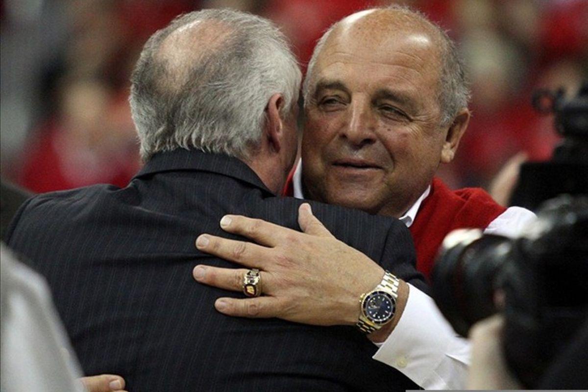 Wisconsin athletic director Barry Alvarez seeking comfort after Bret Bielema's departure to Arkansas