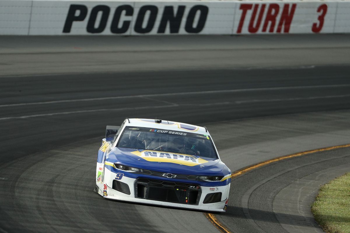 Chase Elliott, driver of the #9 NAPA Auto Parts Chevrolet, drives during the NASCAR Cup Series Pocono Organics 325 in partnership with Rodale Institute at Pocono Raceway on June 27, 2020 in Long Pond, Pennsylvania.