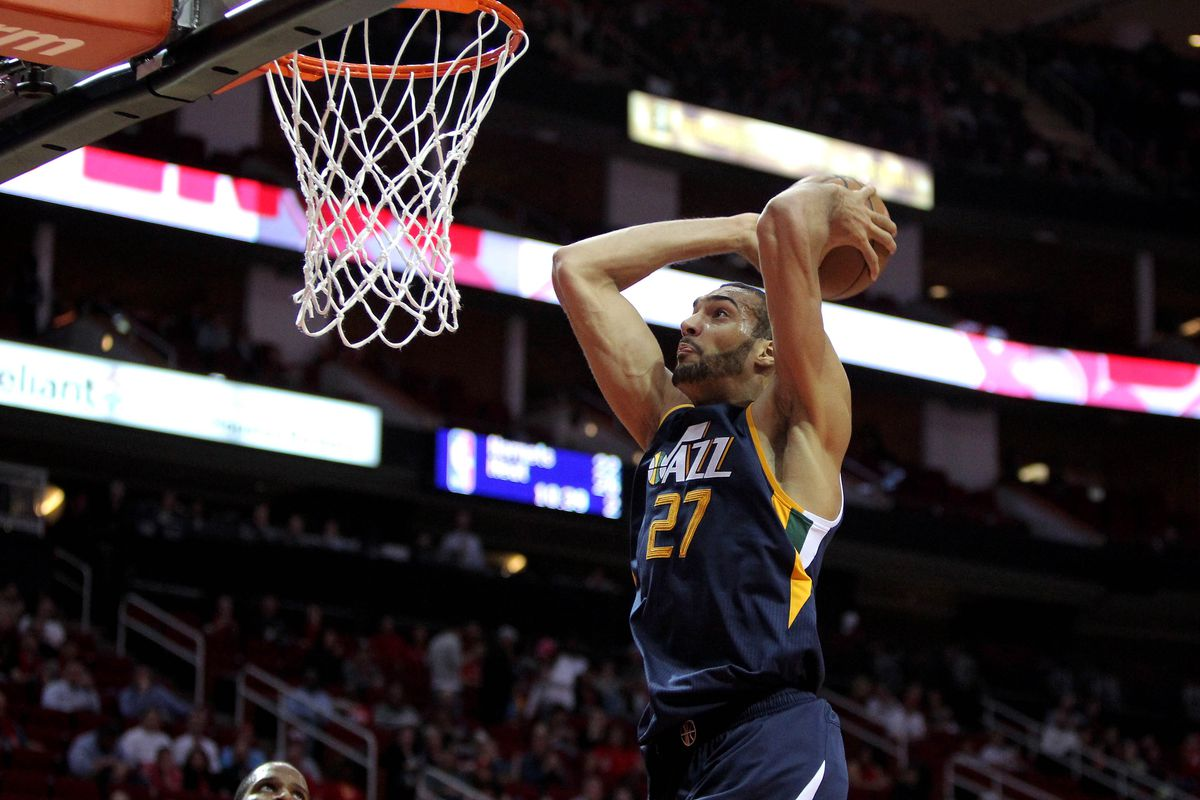 be47e42e0 Utah Jazz center Rudy Gobert chasing 1000   1000   200