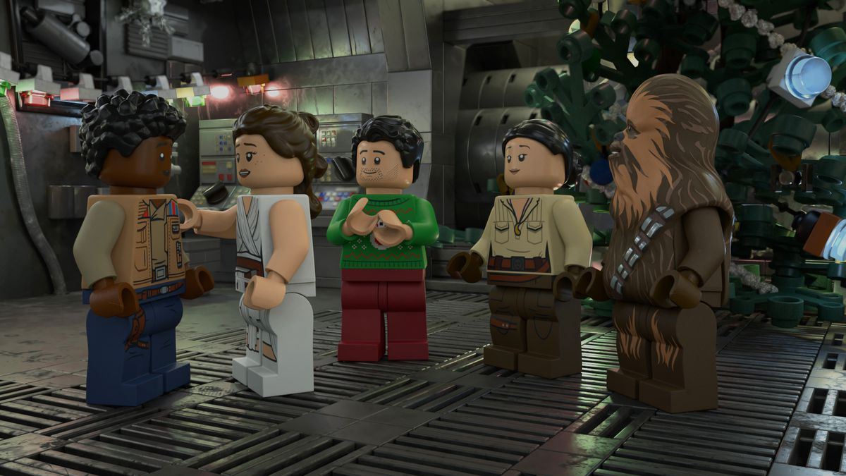 Star Wars heroes gather around each other for Life Day in the Lego Star Wars Holiday Special