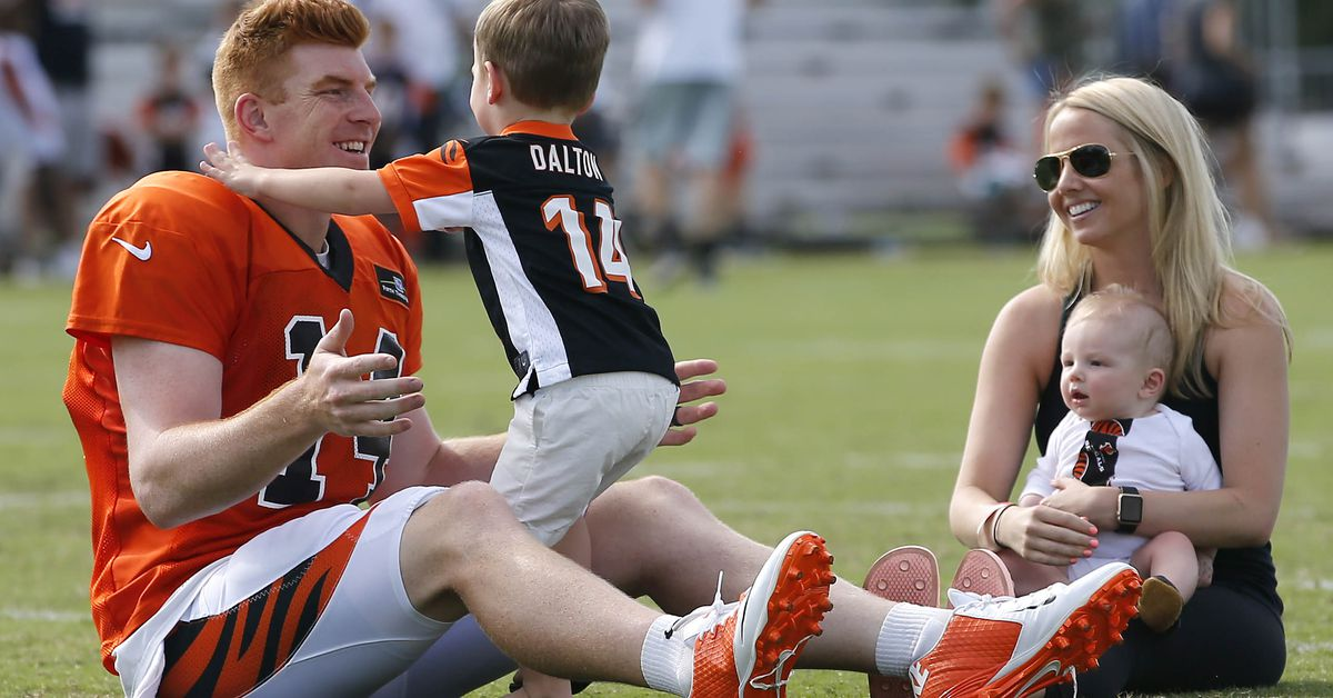 Andy & Jordan Dalton foundation announces donation to cancer center in Buffalo