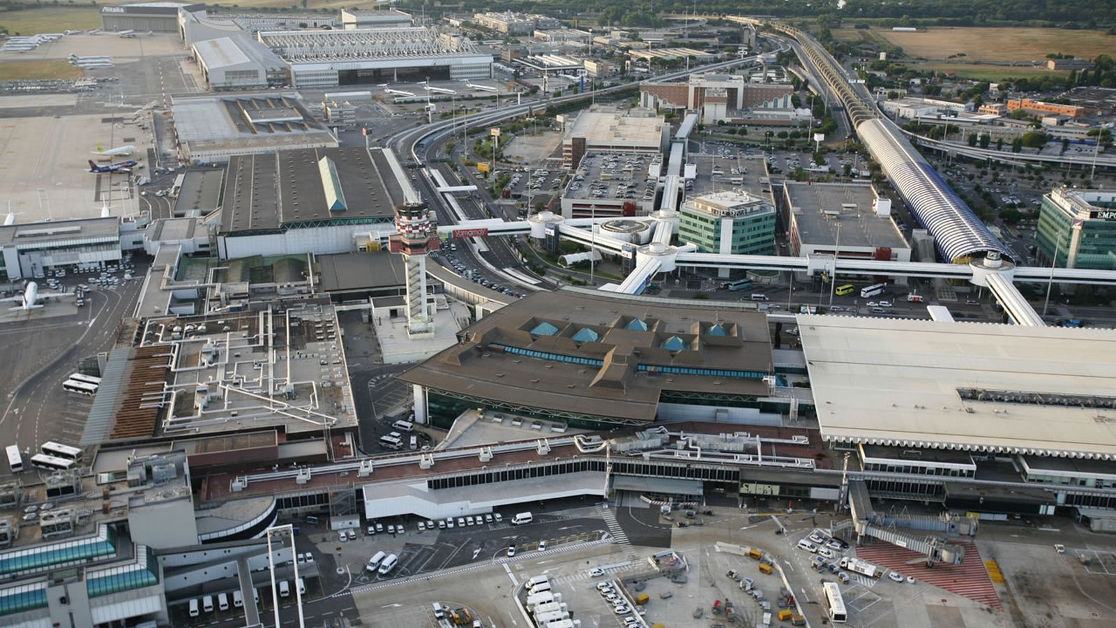 Where To Eat At Rome Fiumicino Airport Fco Eater