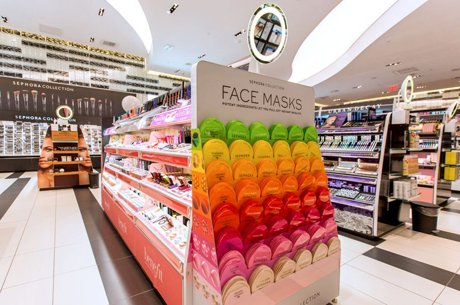 Inside sephora s spectacular standalone store in beverly for Exterior standalone retail