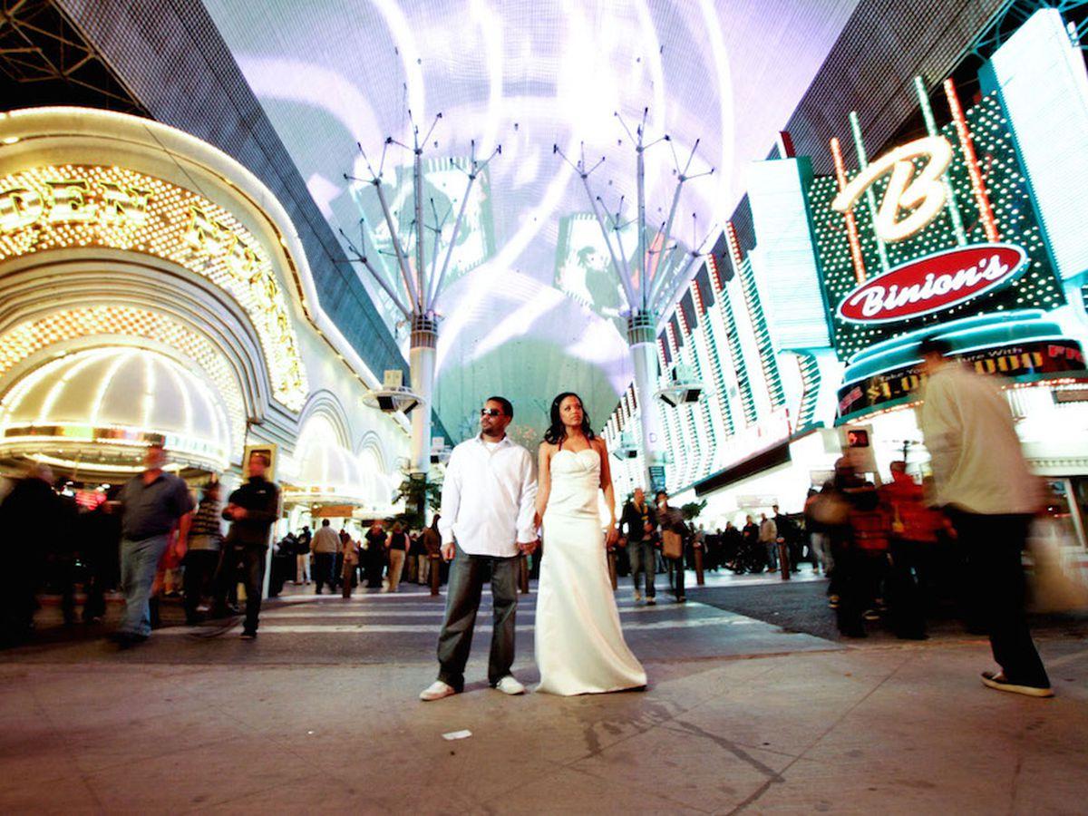 Nine Stellar Places To Shop For Wedding Dresses In Las Vegas Racked Vegas