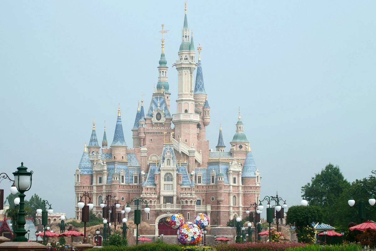 Disneyland Reopen Could Face Big Issue With Masks Ceo Bob Chapek Says Deseret News