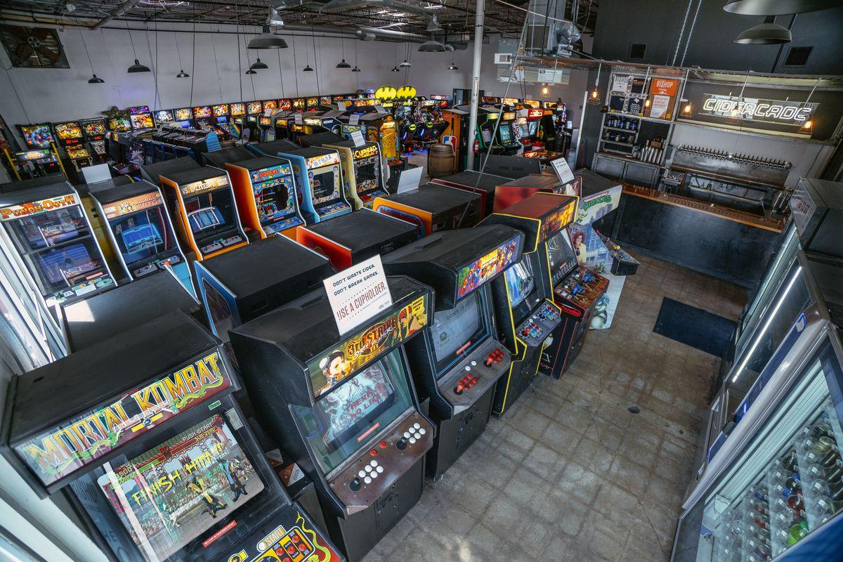Arcade games at Bishop Cidercade in Dallas