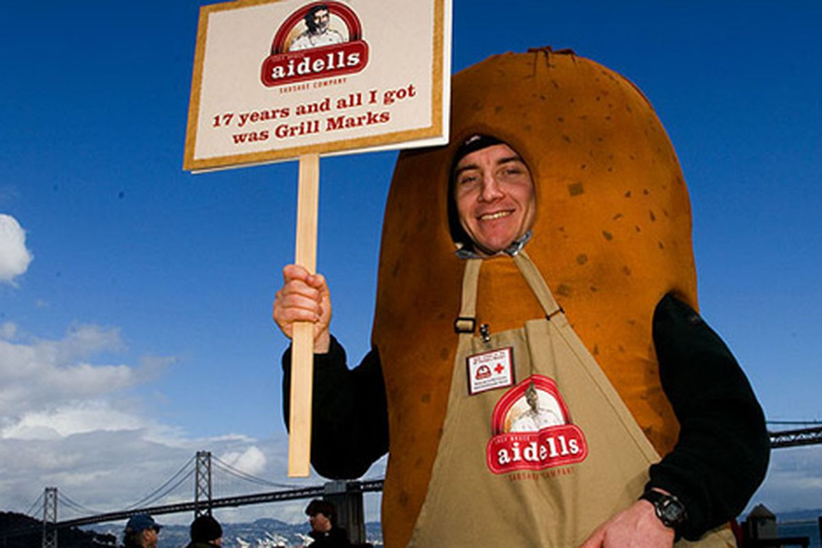 """Supporting Aidells after its <a href=""""http://sf.eater.com/archives/2010/01/21/cuesa_makes_its_case_against_aidells.php"""">Ferry Building ousting</a>."""