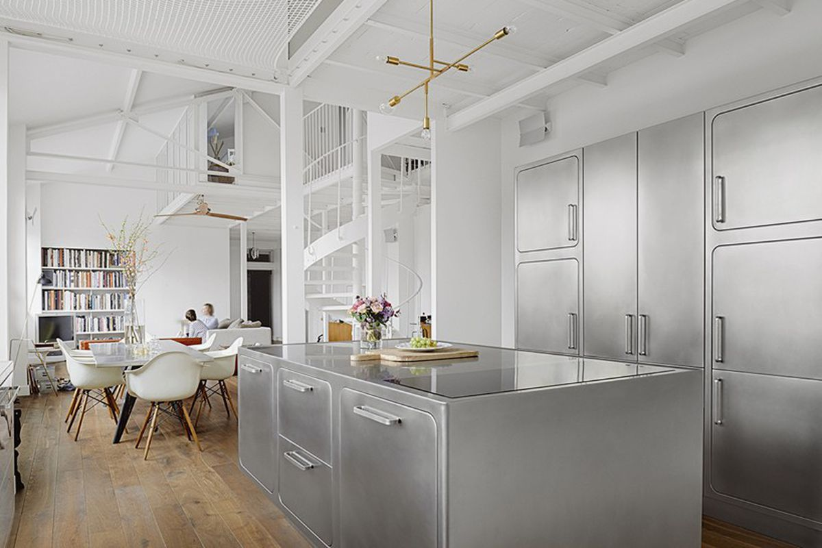 The converted industrial loft gets cool Parisian twist - Curbed