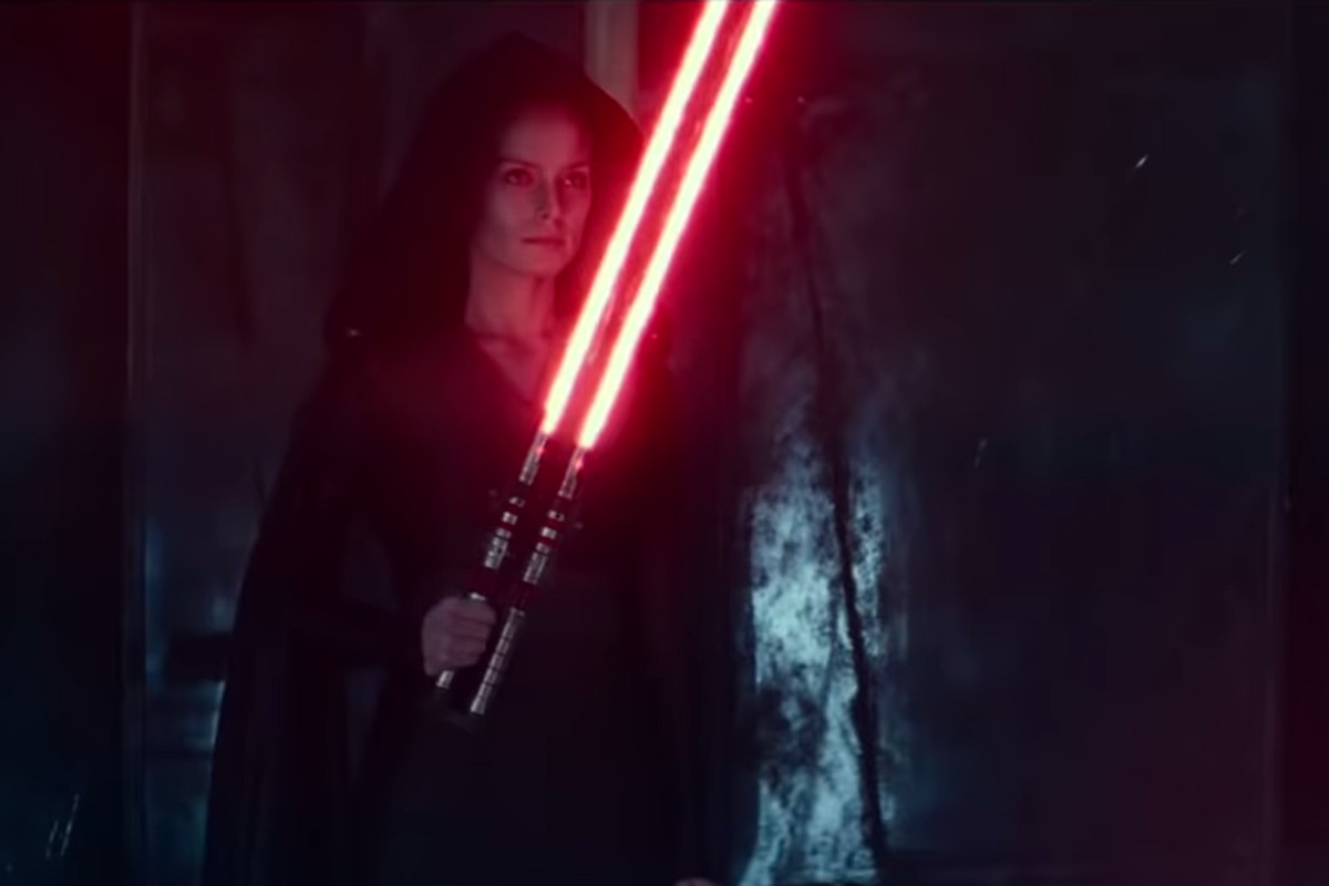 You Can Buy Dark Side Rey S Weird Lightsaber From Rise Of Skywalker Polygon