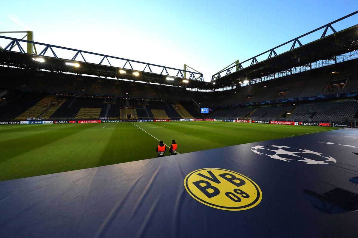 Borussia Dortmund v Tottenham Hotspur - UEFA Champions League Round of 16: Second Leg For Santander