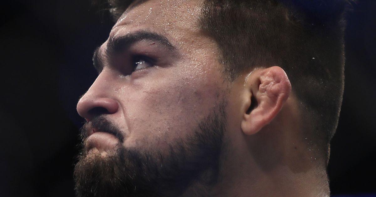 UFC 236 odds: Israel Adesanya opens as sizable favorite over Kelvin Gastelum for interim title fight