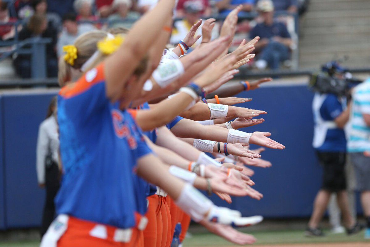 UW Huskies eliminated by Florida in Women's College World Series