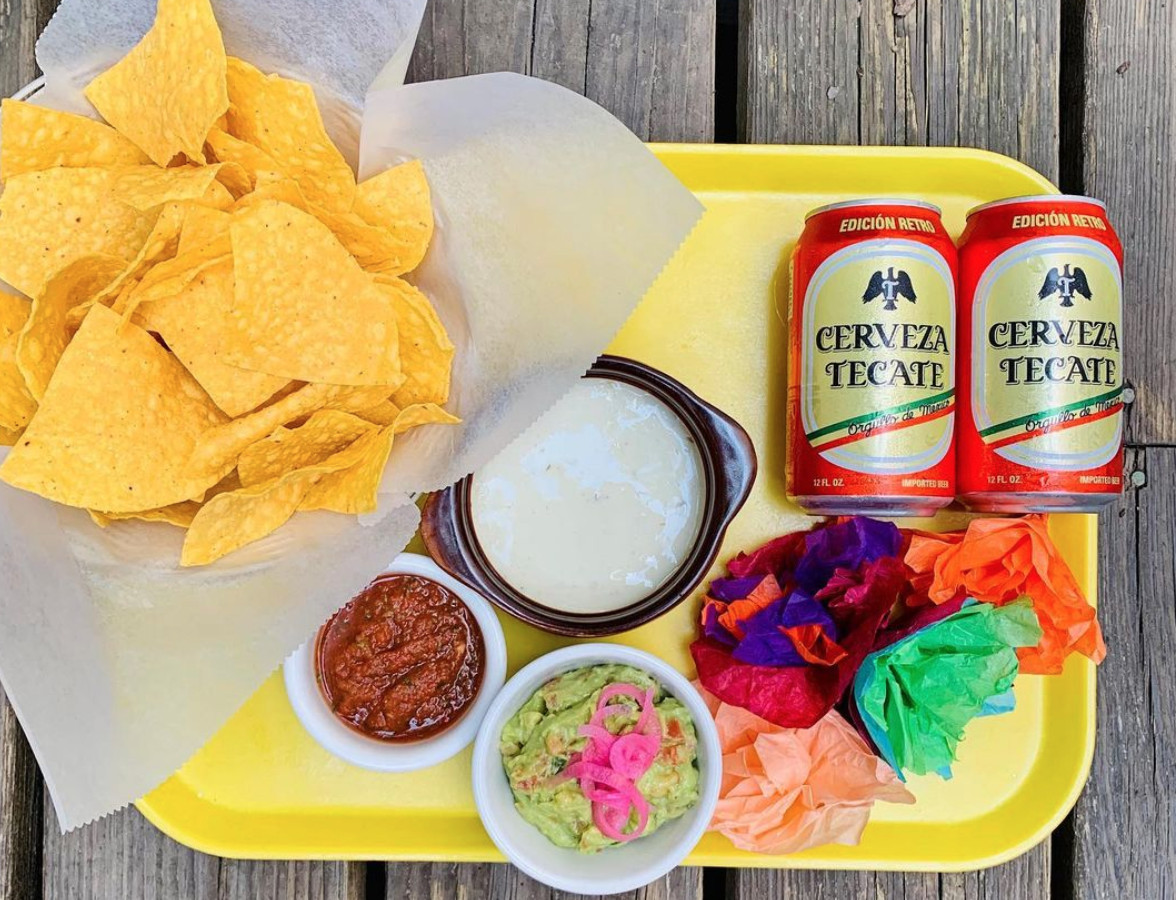 Chip-N-Dip party at Centro