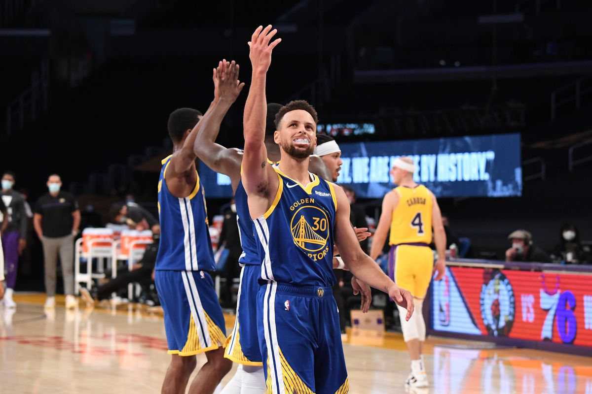 Final score: Steph Curry and Warriors beat Lakers 115-113 - Golden State Of  Mind
