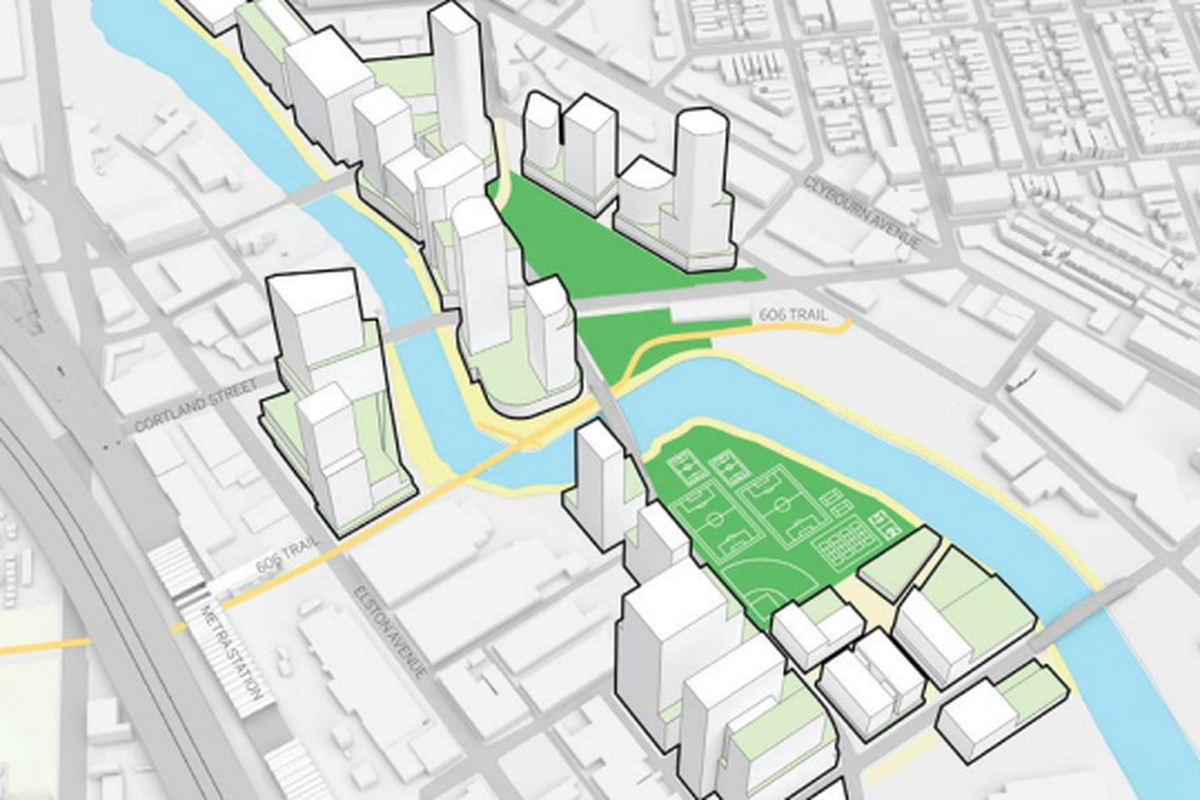 Community groups try to slow down $5 billion Lincoln Yards