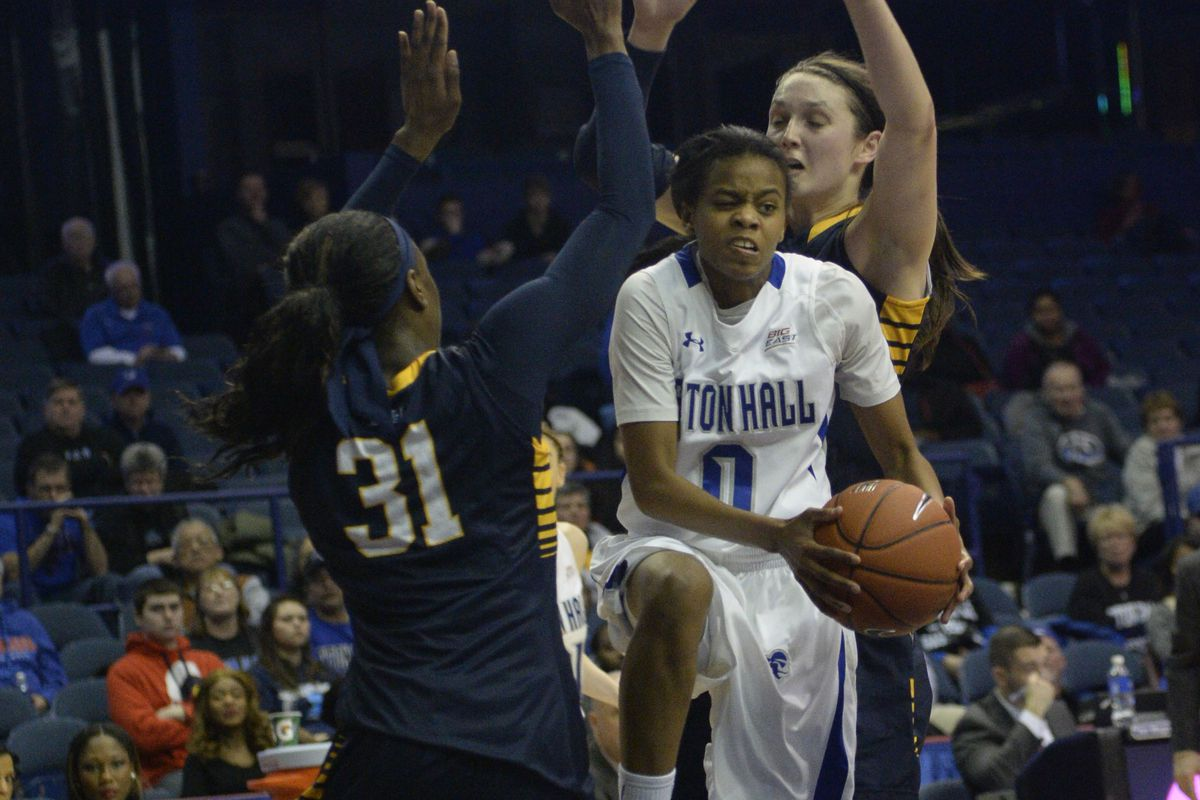 Check it out! A picture in the hopper with both Shantelle Valentine (#31) & McKayla Yentz (behind SHU's Daisha Simmons)!