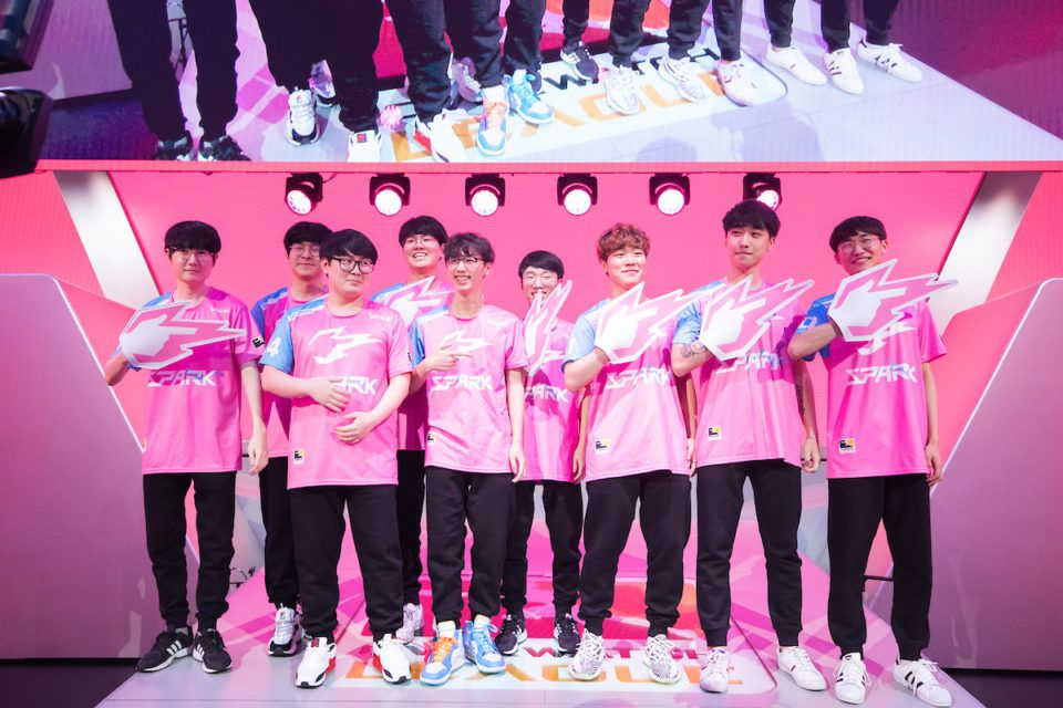The Hangzhou Spark take the stage in Los Angeles.