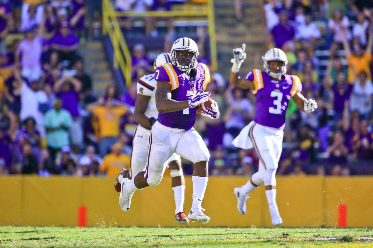 Leonard Fournette and LSU will host Florida on Saturday night in a battle of undefeated teams