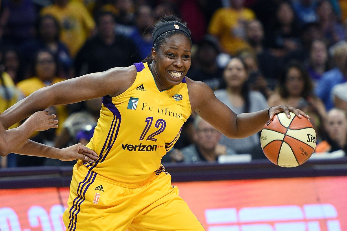 WNBA free agents Tina Charles and Chelsea Gray remain unsigned