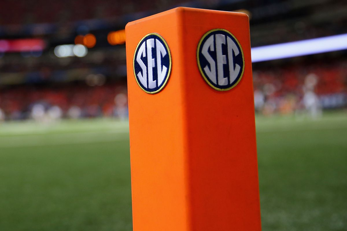 Sec Football 2016 Schedules Set For All 14 Teams A Sea Of Blue